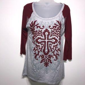 Daytrip Cross Embellished Baseball Style T-Shirt